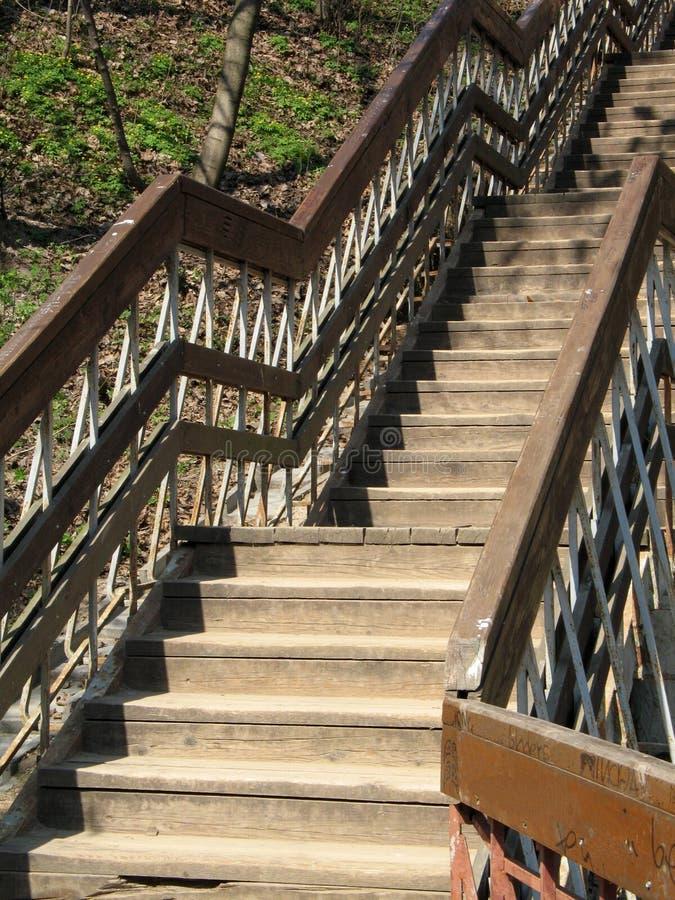 Escadas de madeira fotos de stock