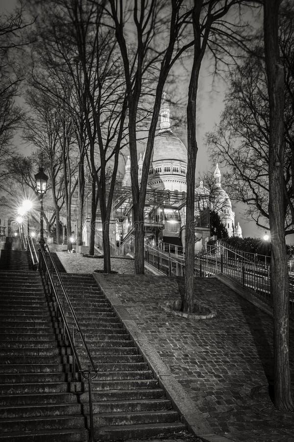 Escadas de Montmartre e basílica do coração sagrado, Paris fotografia de stock