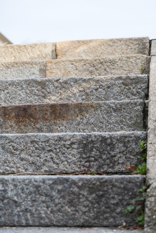 Escadas de pedra - vista frontal fotos de stock