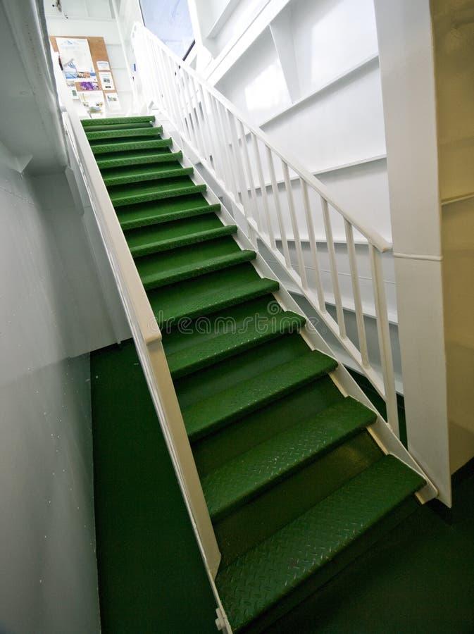 Download Escadas do ferryboat imagem de stock. Imagem de moderno - 10068497