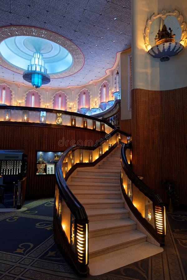 Escadas do interior de Raj Mandir Cinema imagens de stock royalty free