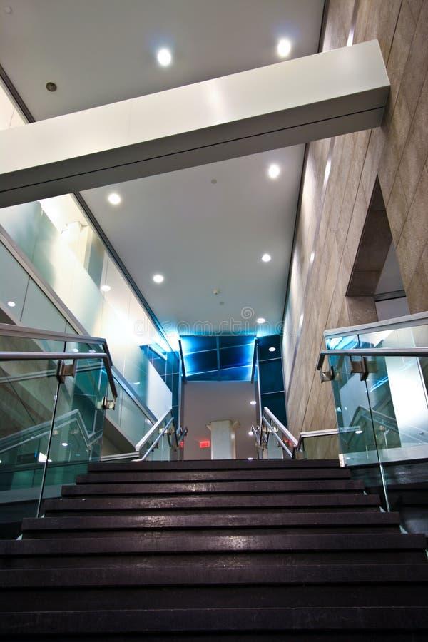 Download Escadas do laboratório imagem de stock. Imagem de azul - 12804067