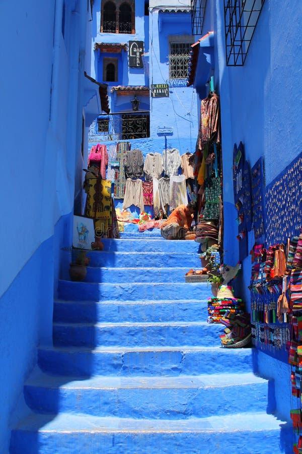 Escadas em Chefchaouen fotografia de stock