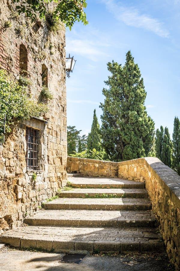 Escadas em Pienza fotografia de stock royalty free