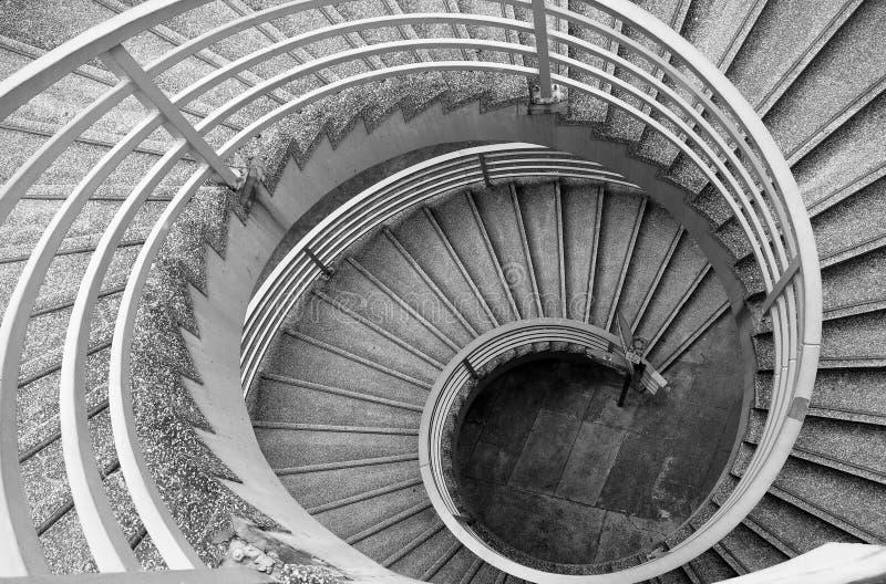 Escadas espirais de B&W imagens de stock royalty free