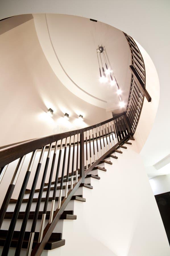 Escadas espirais e iluminação fotografia de stock