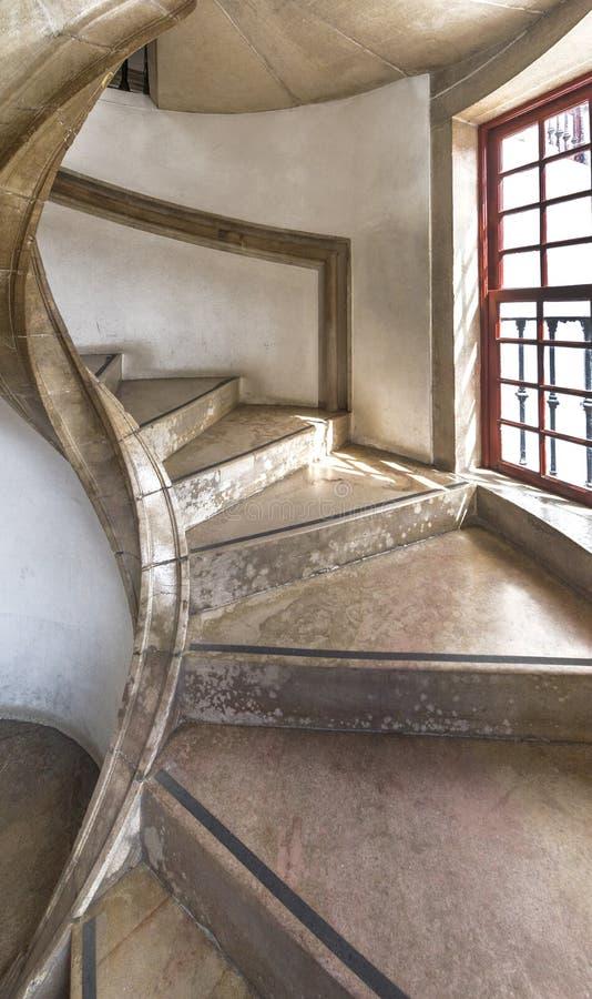 Escadas espirais no palácio nacional de Sintra fotografia de stock