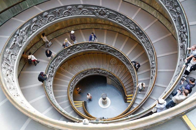 Escadas monumentais do museu de Vatican fotos de stock royalty free