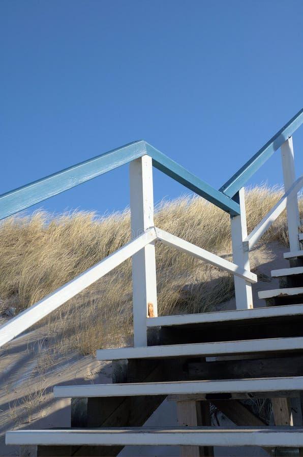 Escadas nas dunas imagens de stock royalty free