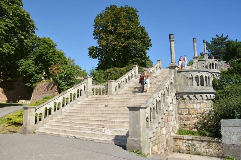 Escadas no parque de Kalemegdan, fortaleza de Belgrado, Sérvia fotos de stock royalty free