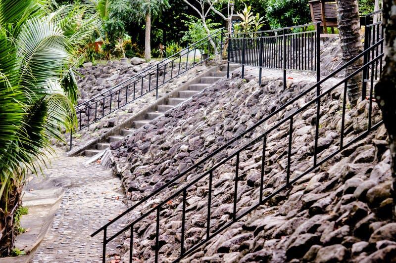 Escadas, parede e assoalho de pedra velhos imagens de stock royalty free