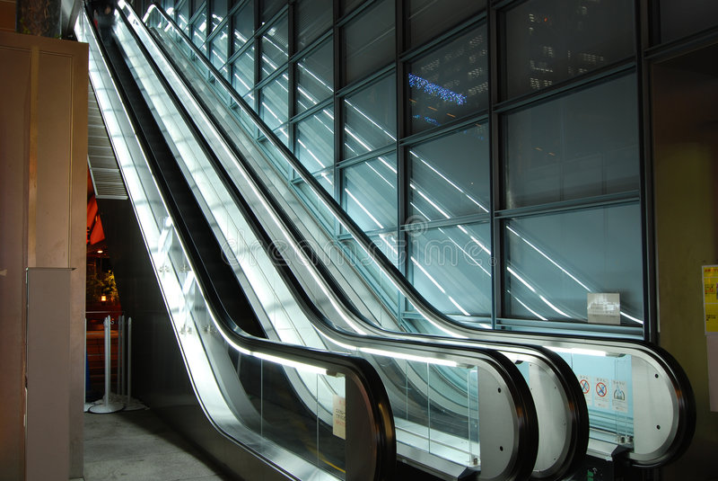 Escadas rolantes fotos de stock