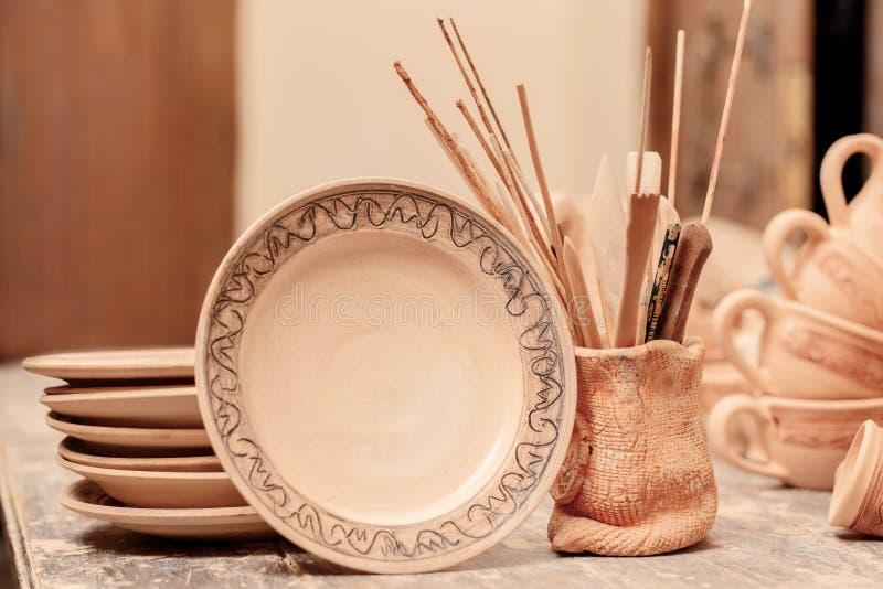 Escala da cerâmica da argila fotografia de stock