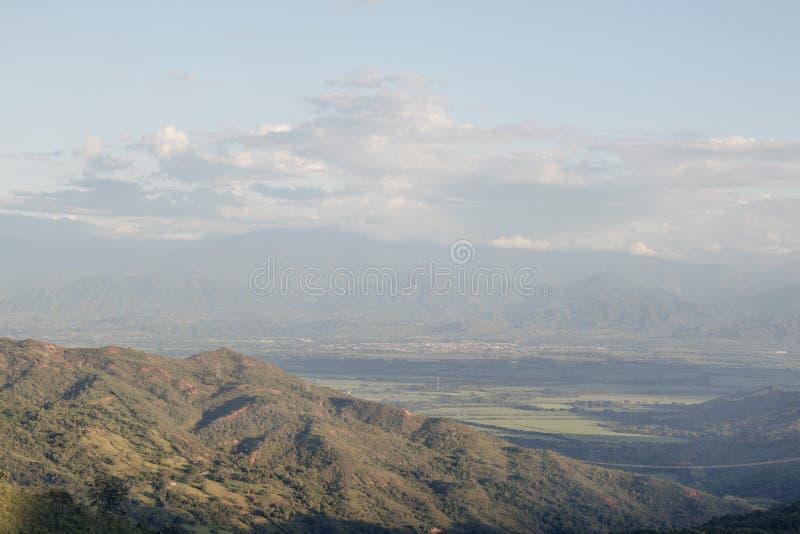 Escala de montanha na montagem do smokey imagens de stock royalty free