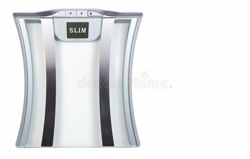 Escala do banheiro do fígado mostrando Slim no ecrã em fundo branco Conceito de Saúde imagem de stock