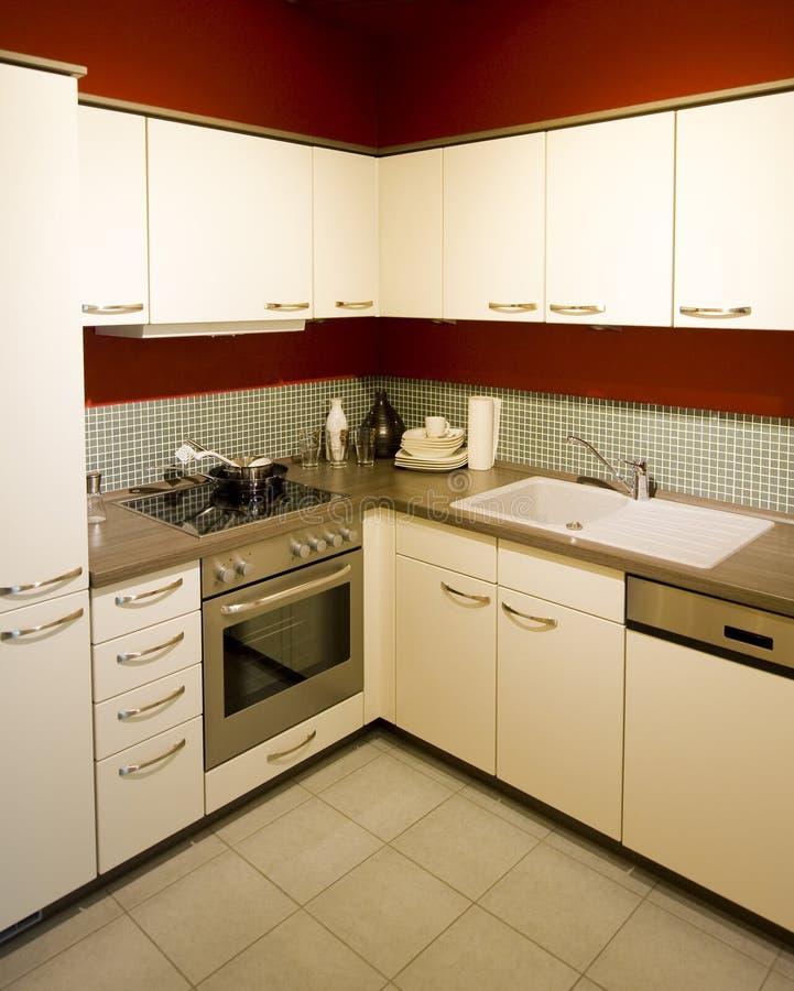 Download Escala Moderna Nova 1 Da Cozinha Foto de Stock - Imagem de quarto, detalhe: 16853066
