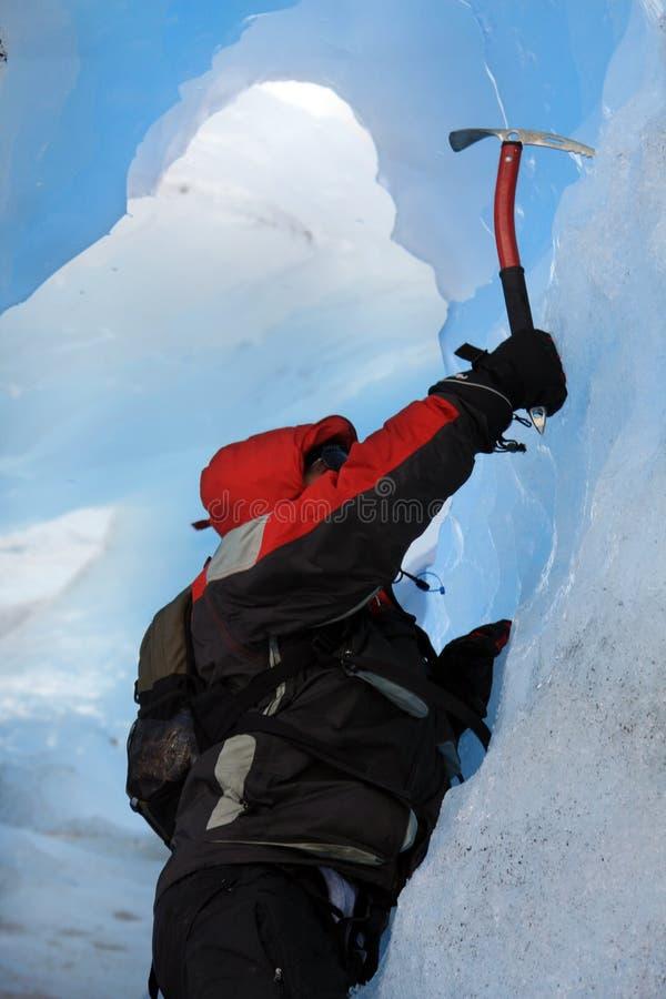 Escalador de montaña imagen de archivo