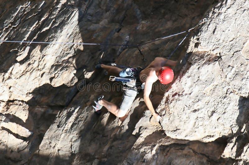 Escalador de roca extremo fotos de archivo libres de regalías