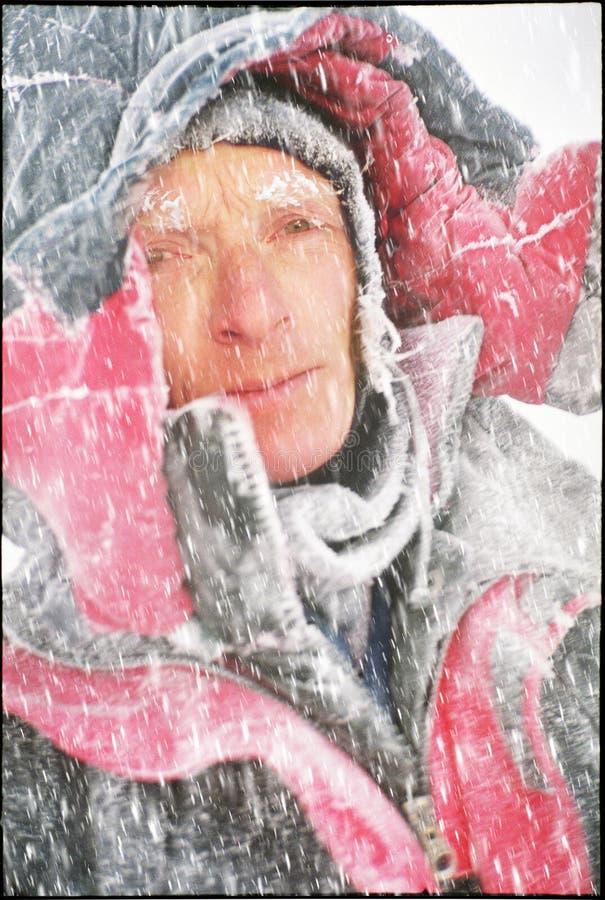 Escalador del invierno de la congelación fotos de archivo libres de regalías
