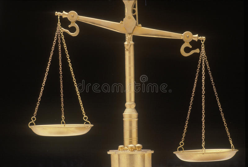 Escalas de justiça, representando os sistemas legais e as cortes do Estados Unidos fotografia de stock