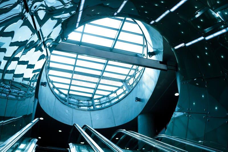 Escalator futuriste photos stock