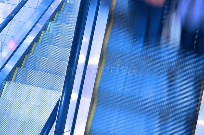 Escalator mobile par mouvement photographie stock