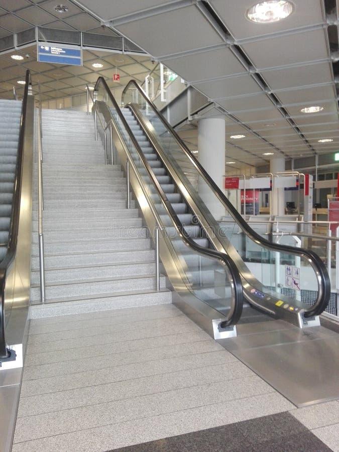 escalators fotografia stock libera da diritti