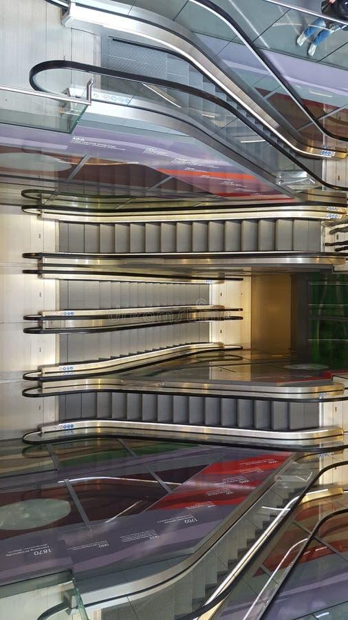 escalators immagine stock libera da diritti