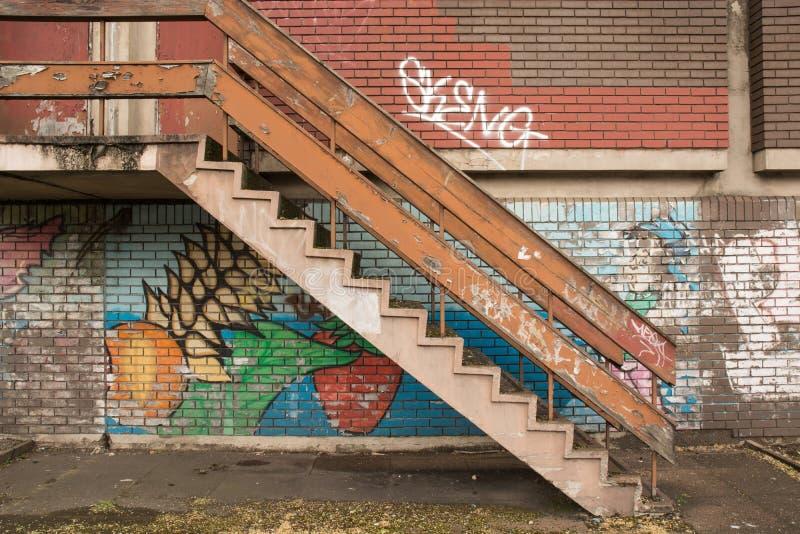Escalera del Grunge fotos de archivo libres de regalías