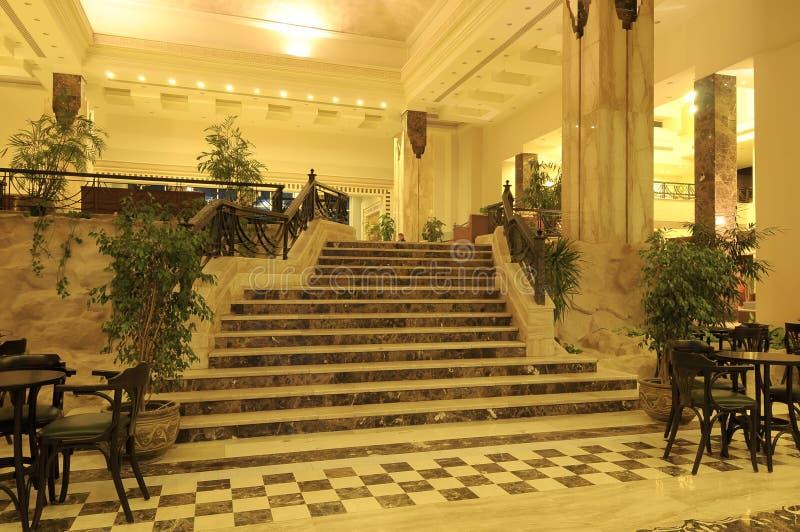 Escalera del hotel fotografía de archivo libre de regalías
