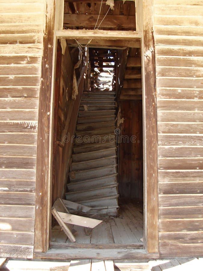 Escalera del pueblo fantasma imagen de archivo libre de regalías