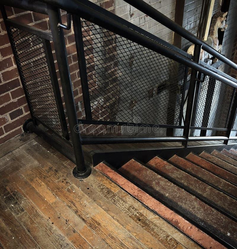 Escalera del vintage en molino viejo imagen de archivo libre de regalías