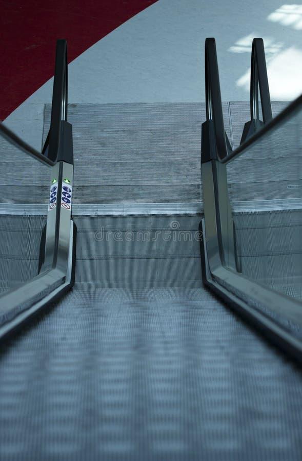 Download Escalera móvil foto de archivo. Imagen de negocios, interior - 41904358
