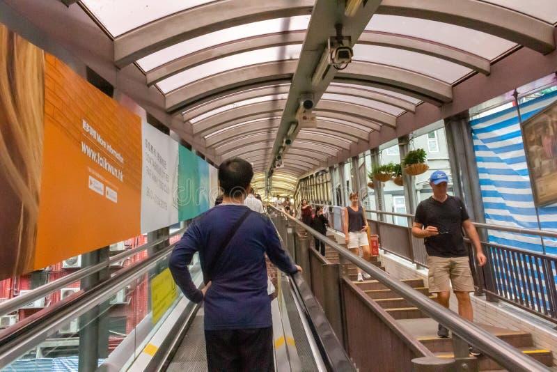 Escalera móvil de los Central-Mediados de-niveles en Hong Kong imagen de archivo