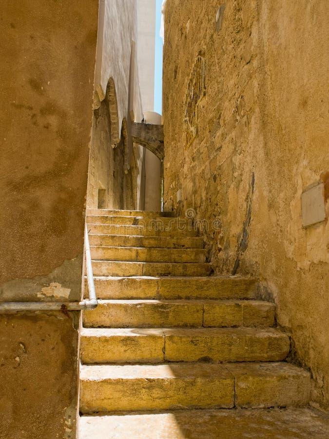 Escalera vieja en la ciudad vieja de Jaffa fotografía de archivo