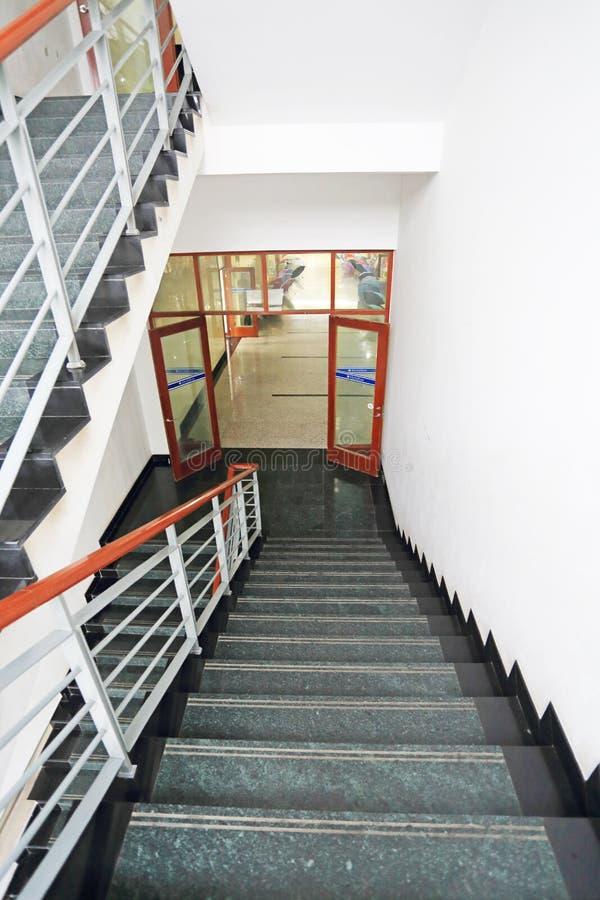Download Escaleras foto de archivo. Imagen de barandilla, beijing - 41914722
