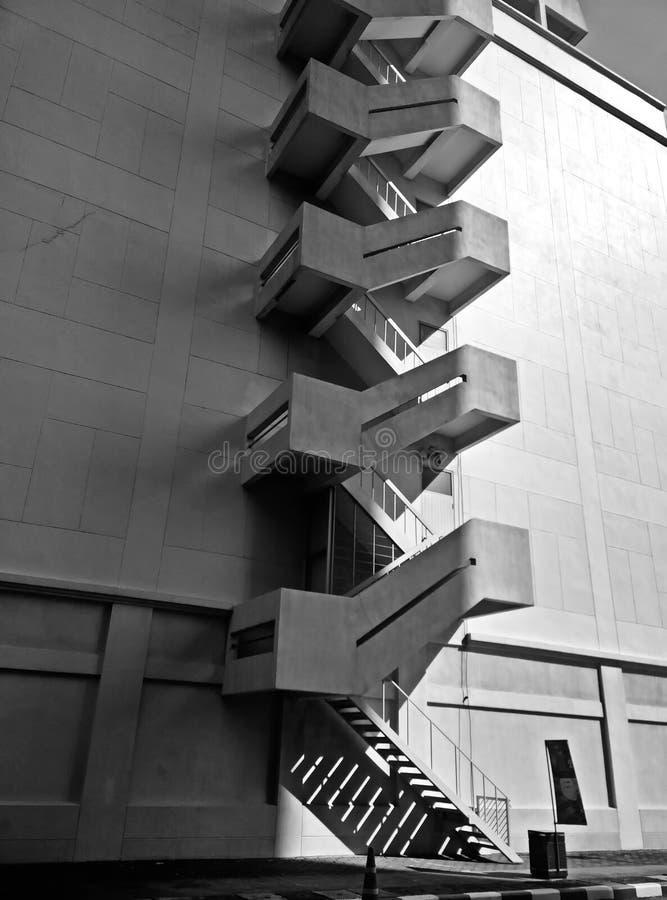 Escaleras de la salida de incendios al aire libre foto de archivo libre de regalías