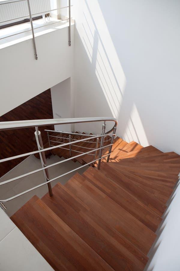 Escaleras del apartamento a dos caras fotografía de archivo libre de regalías