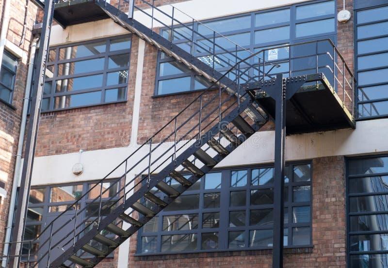 Escaleras del escape fotos de archivo