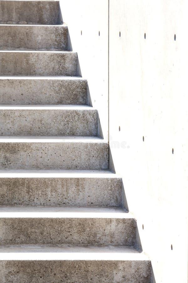 Escaleras del granito y un muro de cemento imagen de for Escaleras de granito precios