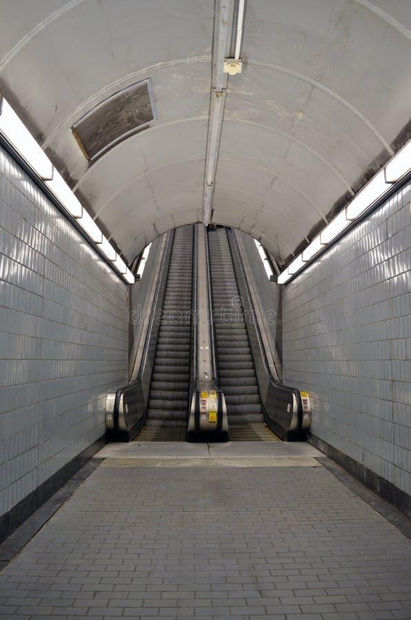 Escaleras eléctricas en Atlanta foto de archivo