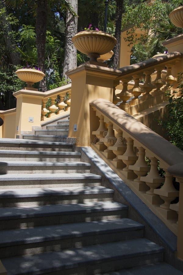Escaleras en estilo clásico fotografía de archivo libre de regalías