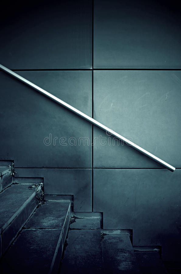 Escaleras en la ciudad imágenes de archivo libres de regalías
