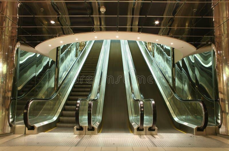 Escaleras móviles fotografía de archivo libre de regalías