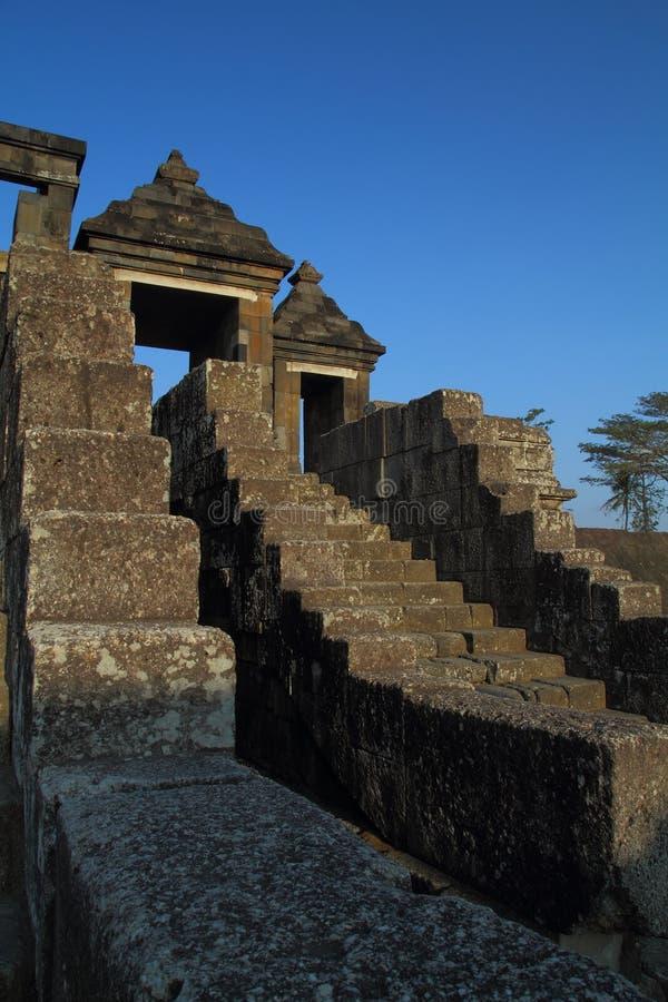 Escalier au château antique de Ratu Boko image libre de droits