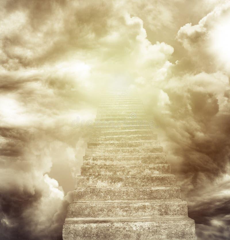 Escalier au ciel photo libre de droits