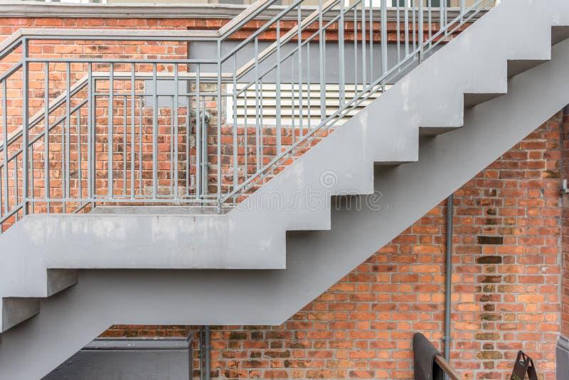 Escalier avec la brique images libres de droits