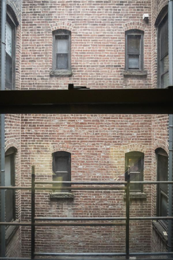 Escalier d'appartement de New York City à Manhattan image stock