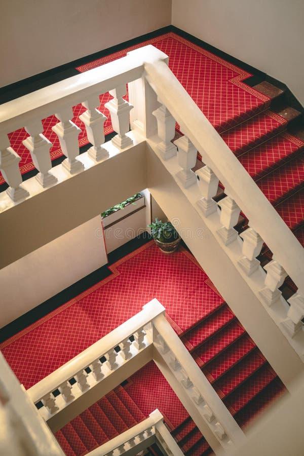 Escalier d'hôtel photos stock