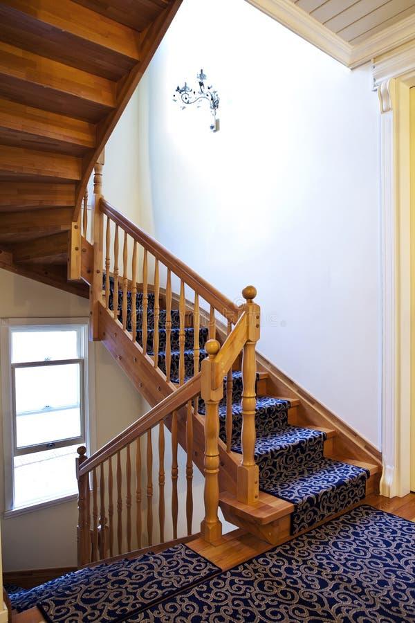Escalier en bois image stock